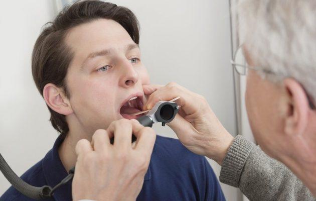 Воспаление гланд: симптомы, причины, лечение